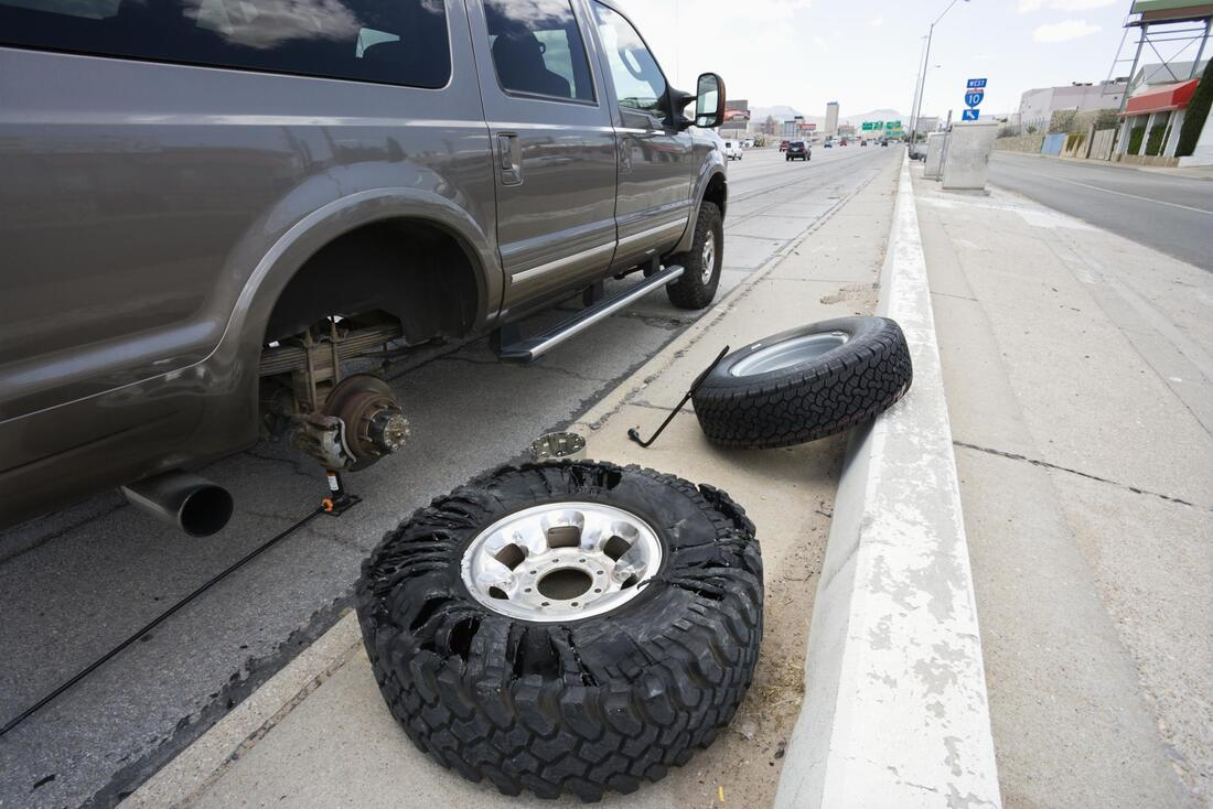 a car changing the tire